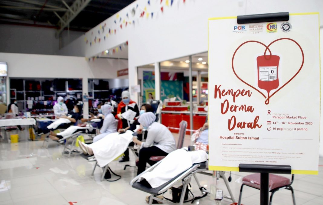 Paragon Globe Berhad and Paragon Market Place organised three days of Blood Donation Campaign at the Concourse Area of PMP