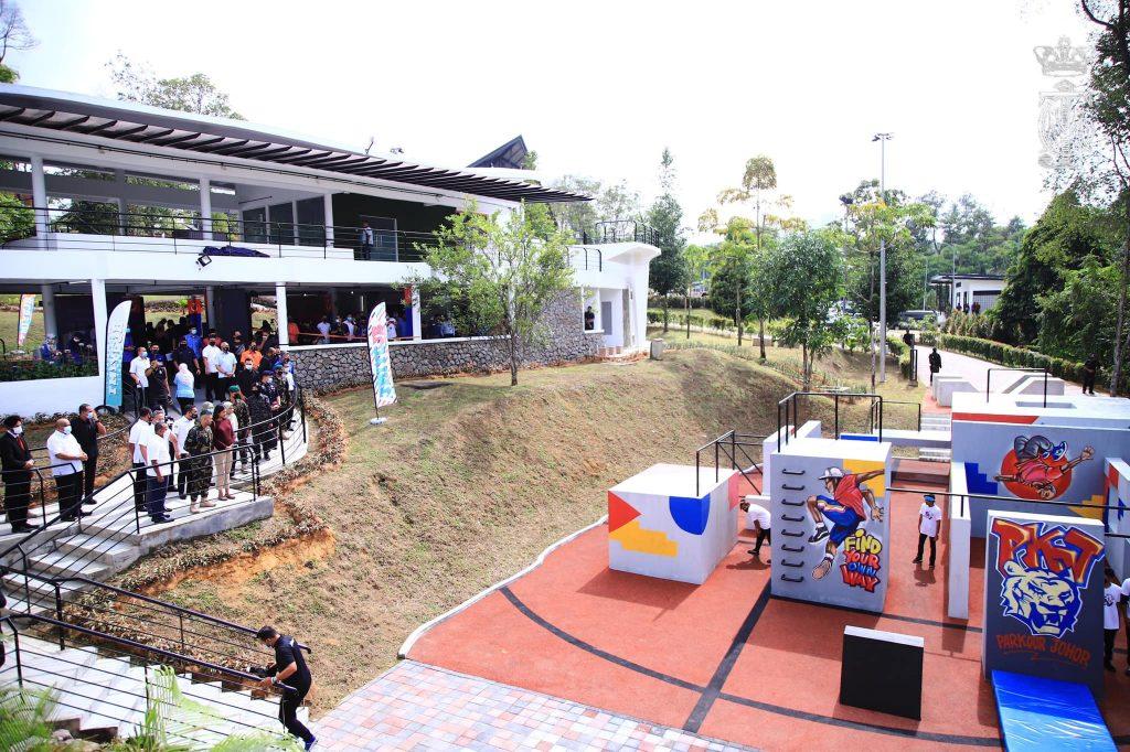 Youth Empowerment through Tengku Mahkota Ismail Youth Hub (TMIYC)
