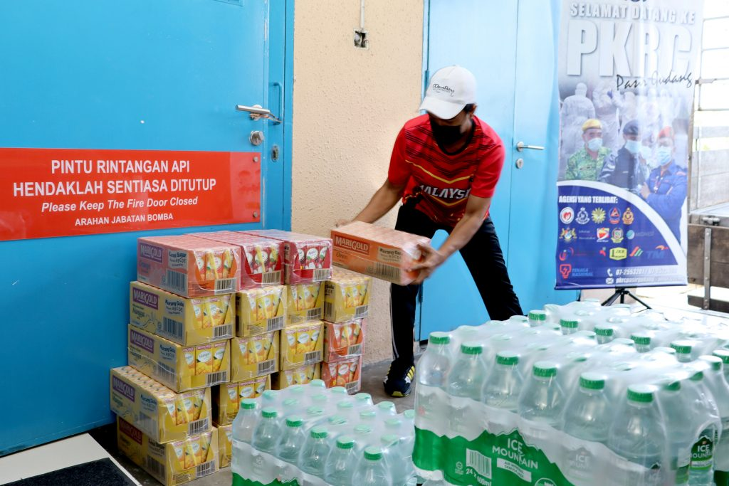 Paragon Globe Berhad Helps 1,000 COVID-19 Patients and Frontliners